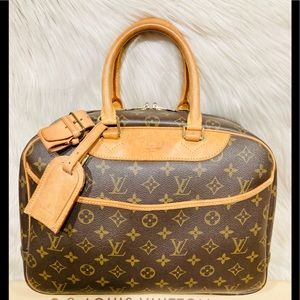 Authentic Louis Vuitton Deauville  #2.4p